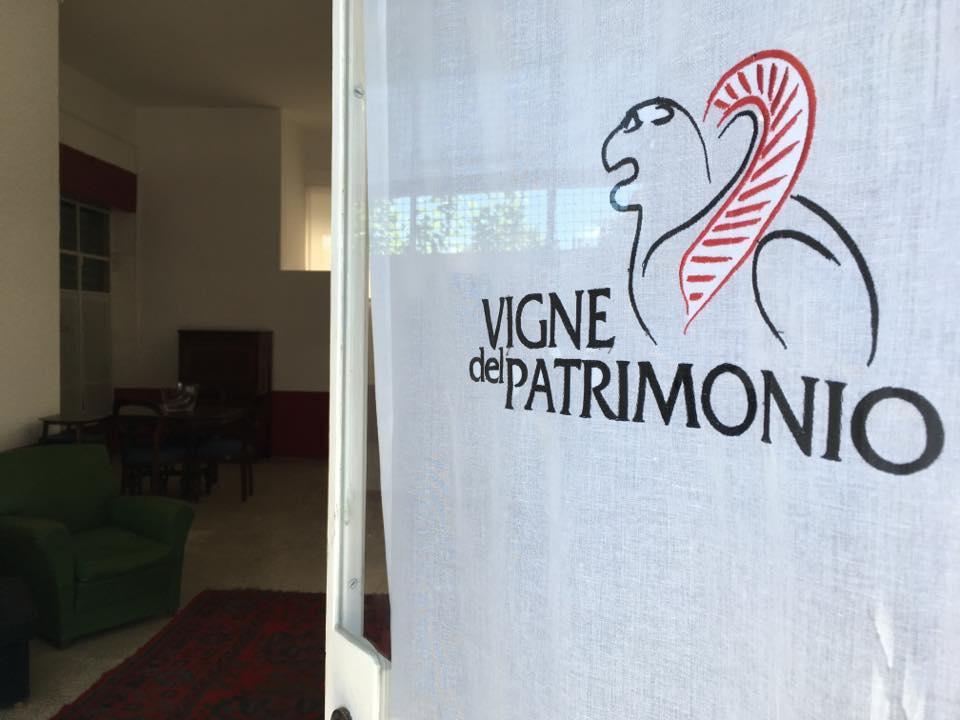https://www.vinointorno.it/immagini_immobili/17-05-2017/1495013323-427-.jpg