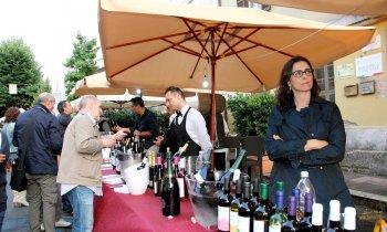 https://www.vinointorno.it/immagini_pagine/23-05-2017/1495561292-398-.jpg