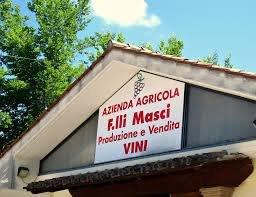 https://www.vinointorno.it/site/resizer/resize.php?url=https://www.vinointorno.it/immagini_immobili/14-06-2018/1528987766-99-.jpg&size=400x330c
